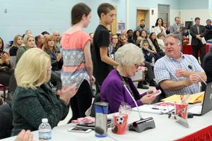 Students Present Gifts to Board Members