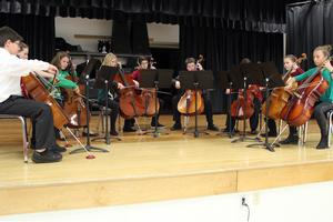Ray Middle School Cello Chamber Ensemble